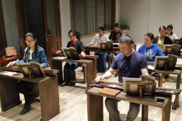 驿德成人教育加盟